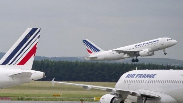 Deux avions se percutent à l'aéroport de Roissy sans faire de blessés