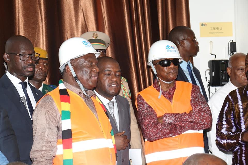 Le président du Zimbabwé à la découverte de kaléta et de Souapiti