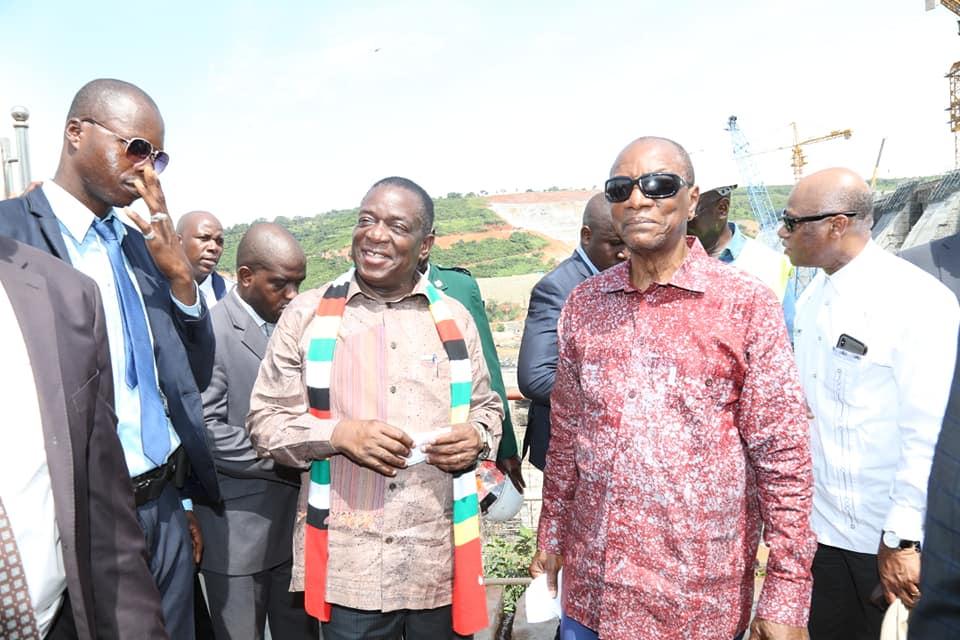 Les chefs de l'Etat de la Guinée et du Zimbabwé sur le site Kaléta et de Souapiti