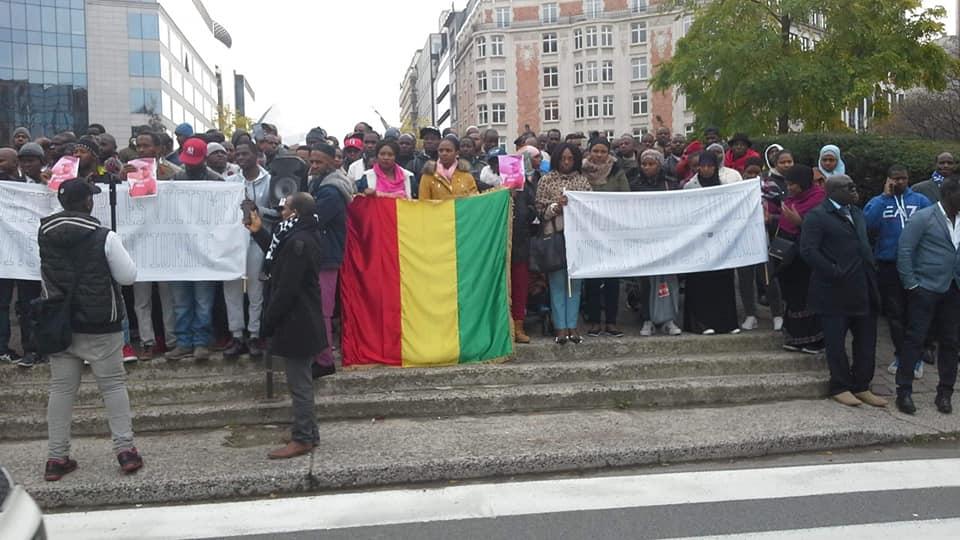 Vidéo: manifestation anti-Alpha Condé à Bruxelles ( Belgique )
