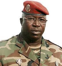 Un ancien poids lourd du CNDD chez le général Konaté à Paris