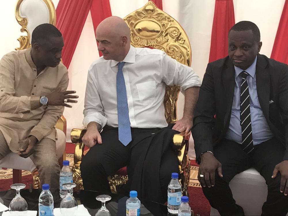 La délégation de la FIFA et de la CAF au Centre Technique de Nongo et au Centre Sportif et de Loisirs