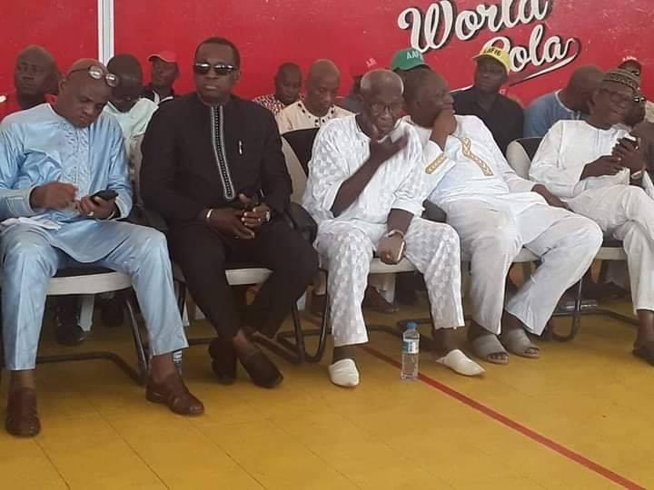 L'hommage du président Antonio Souaré à un ancien joueur du Syli National