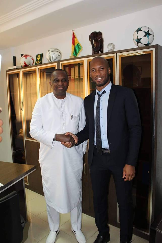 Didier Drogba chez le président Antonio Souaré