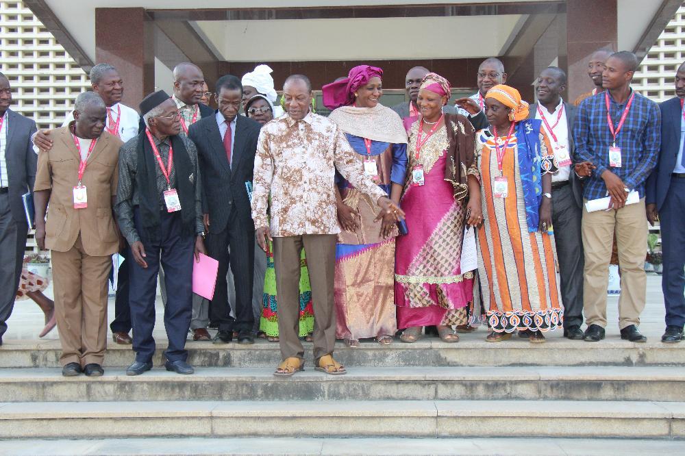 Le Président Alpha Condé rencontre les pharmaciens pour assainir le secteur