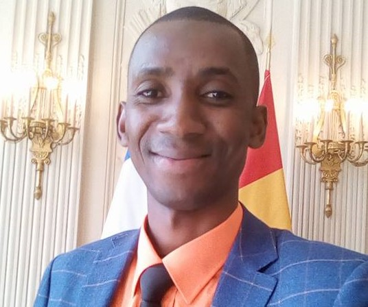 Le président Condé nomme le jeune journaliste Cheick Ahmed Tidiane Diallo au ministère de la Communication et de l'Information