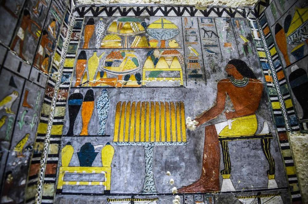 Egypte: découverte d'une tombe de Khuwy, noble de la Ve dynastique à Saqqara