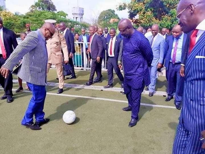 Arrêt sur image: une partie de foot entre Alpha Condé et Georges Wéyah