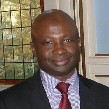 Paris: quand Ibrahima Sory Makanéra dérape en injuriant publiquement l'ambassadeur Amara Camara