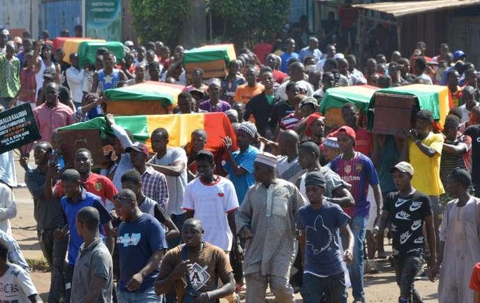 En Guinée, nouvelle manifestation sanglante contre le président Alpha Condé