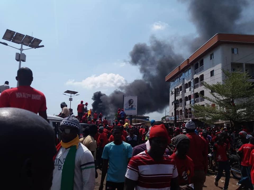 Manifestations contre une nouvelle constitution/ le FNDC revoit le bilan macabre à la hausse: trois morts ( communiqué )