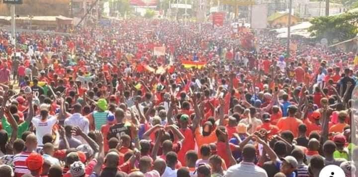 Nouvelle démonstration de force du FNDC à N' Zérékoré ( photos )