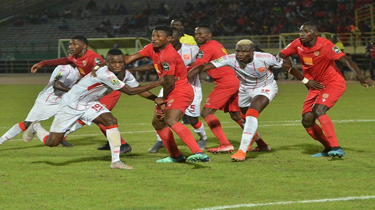 Coupe de la CAF: le Horoya AC décroche un nul à Bamako et conserve son fauteuil de leader