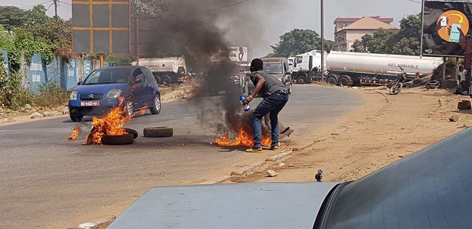 Crise politique en Guinée: le FNDC appelle à une nouvelle journée d'action ( vidéo )