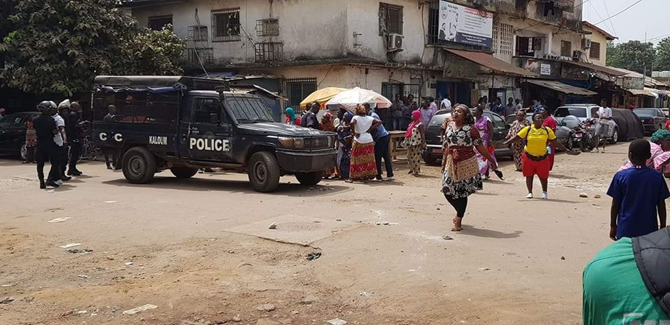 Des femmes de Kaloum dans les rues pour dire non à une nouvelle constitution