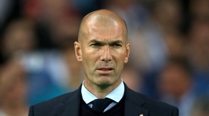 Zidane le percute en voiture, il lui demande un selfie