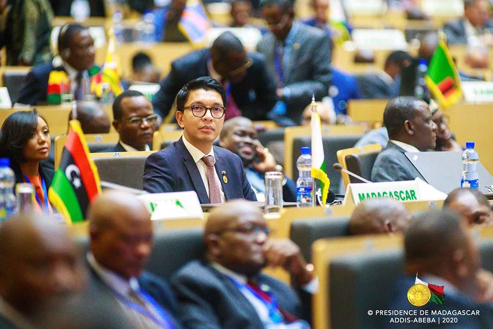 L'Union Africaine et la CEDEAO réagissent à la décision de Alpha Condé ( courrier )
