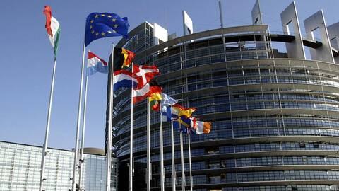 Double scrutin du 22  mars: l'Union Européenne donne sa position