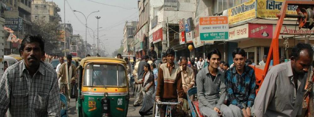 Coronavirus: avec 1, 4 milliard d'habitants, l' Inde sous confinement
