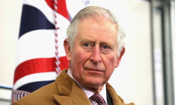 Coronavirus: le fils de la reine d' Angleterre, le Prince Charles testé positif