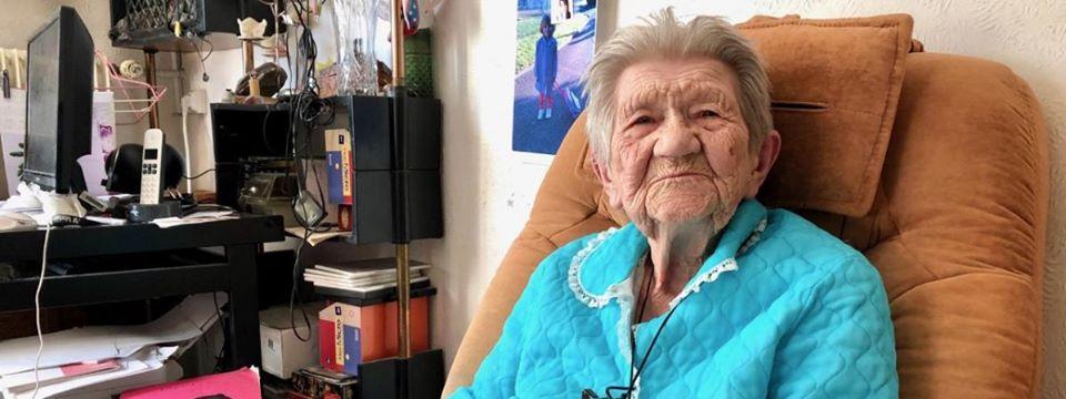 France: une femme de 100 ans, en grève de la faim pour qu'on lui laisse