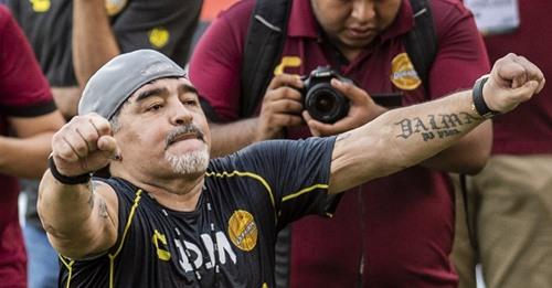 Mort de Diego Maradona : qui sont ses huit enfants??