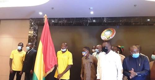 CHAN 2021: après la remise du drapeau, le Syli National Local promet de ramener le trophée à Conakry