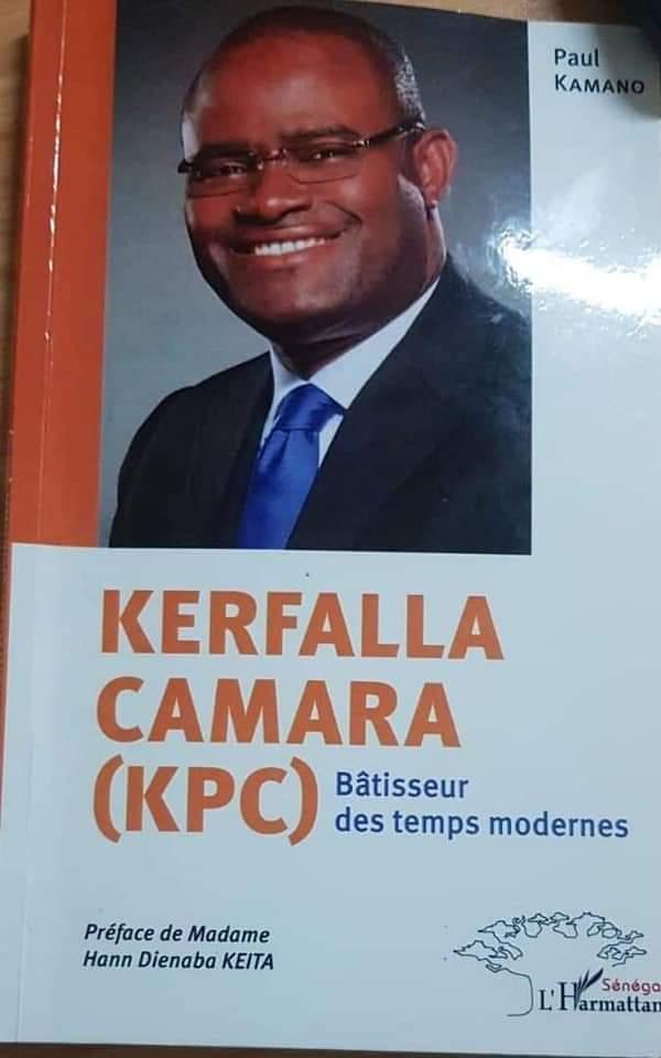 Business: dédicace du livre intitulé