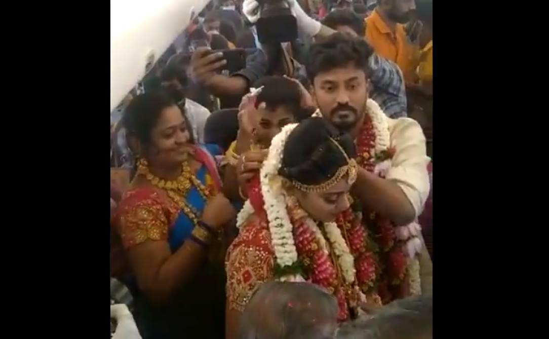 Inde: un mariage dans un avion… pour contourner les restrictions anti-Covid