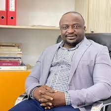 un célèbre avocat arrêté par la police à Conakry
