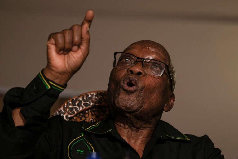 Afrique du Sud: Zuma au tribunal lundi pour corruption, après les émeutes