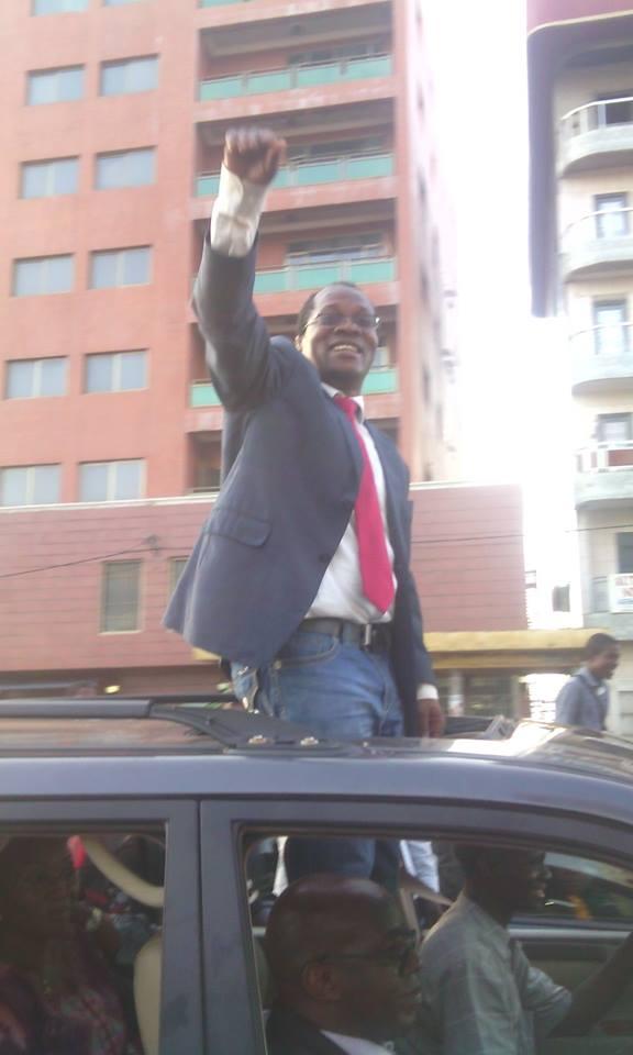 Ousmane Gaoual, libre, regagne son domicile