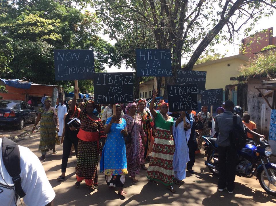 Conakry: manifestation de femmes pour la libération d'opposants