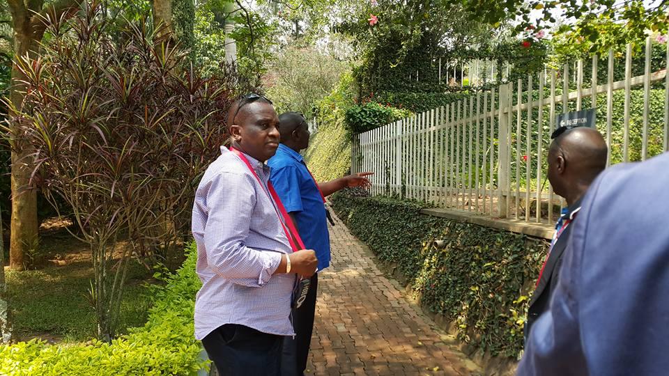 Antonio Souaré visite le mémorial de Kigali