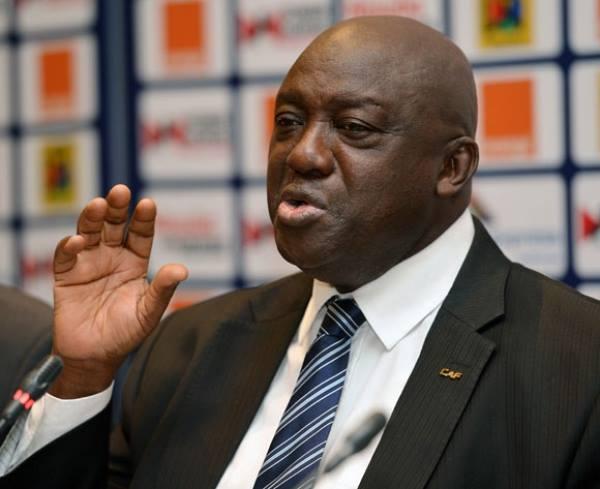Championnat d'Afrique des Nations 2018: le président de la CAF et le Guinéen Almamy Kabélé en visite au Kenya