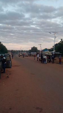 Un jeune conducteur de mototaxi agressé avec des coups de couteaux dans le corps à Koundara