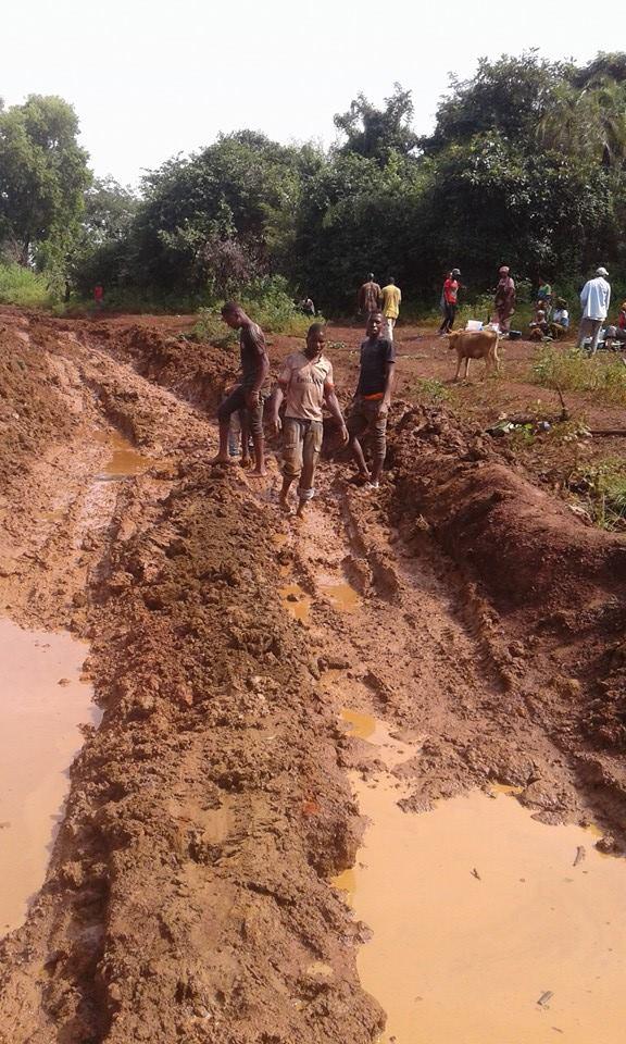 Pourquoi les routes guinéennes sont si mauvaises?