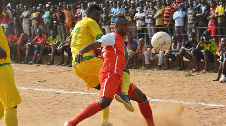 Football: le Horoya s'impose sur  le FC Gangan au Stade Fodé Fissa de Kindia