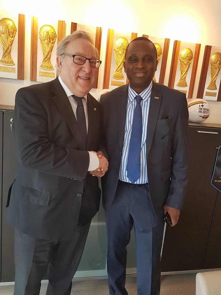 Union Royale Belge des Sociétés de Football - Fédération Guinéenne de Football: Antonio Souaré reçu par François De Keersmaecker