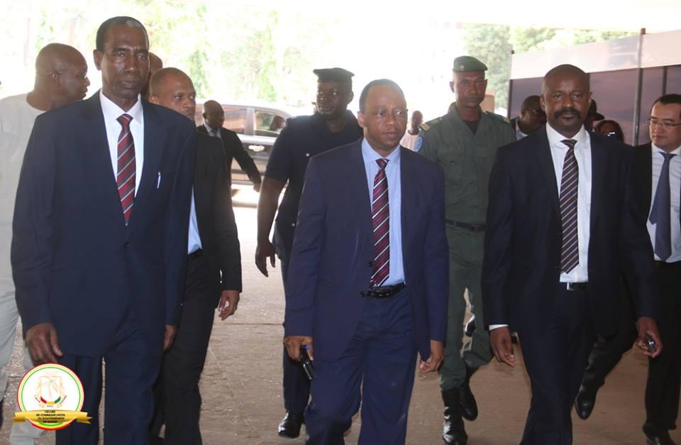 Le premier ministre Youla lance la 2e édition de la Semaine de l'Entreprenariat dans le Numérique