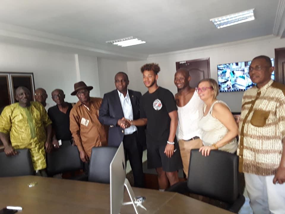 Siège de la Fédération Guinéenne de Football: le président Antonio Souaré reprend service