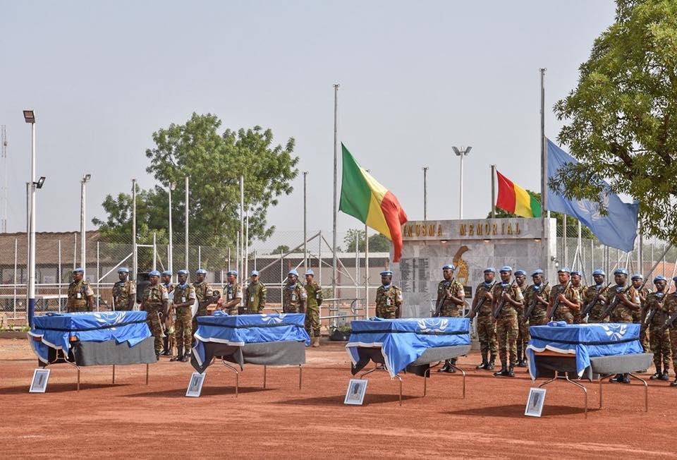 Les dépouilles mortelles des quatre soldats guinéens tués à Kidal attendues jeudi à Conakry (Communiqué)