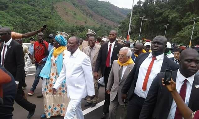 Inauguration du Pont de KAAKA : le journaliste, Amadou Diouldé Diallo, content, pour la première fois, de Alpha Condé