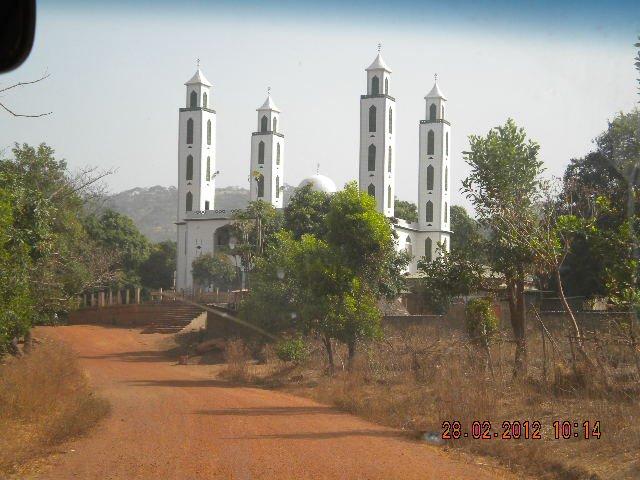 Les ressortissants de Yimbering à la recherche d'un financement pour l'inauguration de la grande mosquée de la localité ( communiqué )