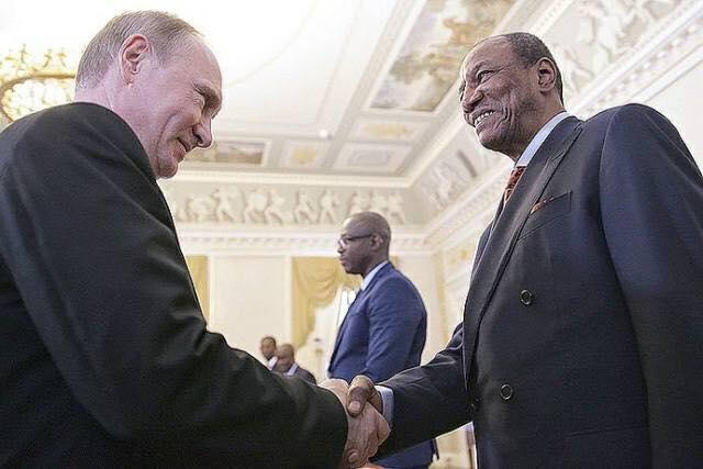 Le président Condé en Russie