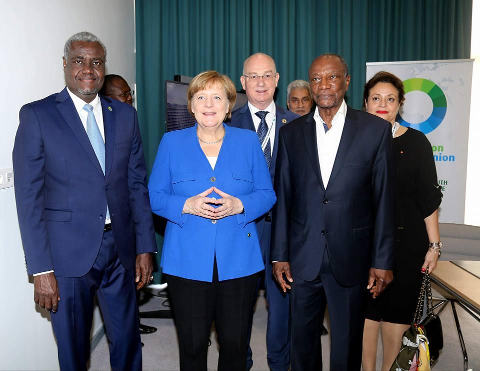 Abidjan: Alpha Condé rencontre Merkel