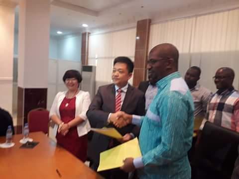 Guinée: un investissement chinois de 2,89 milliards de dollars dans l'exploitation de la bauxite