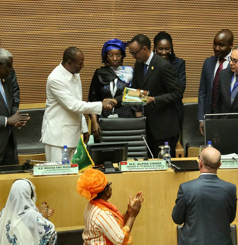 Présidence en exercice de l'UA: Condé passe la la main à Kagamé ( vidéo )