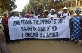 Guinée: plusieurs milliers de femmes à une marche contre les violences policières meurtrières