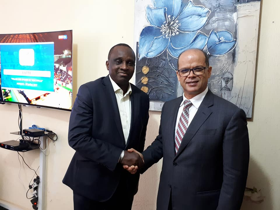Candidature du Maroc Coupe du monde 2026: un émissaire du roi Mohamed VI chez le président Antonio Souaré